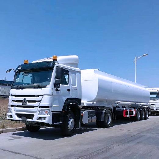 Fuel Tanker Trailer Long Distance Transport